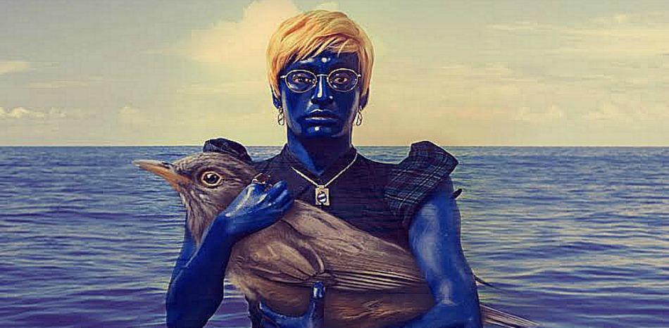 La Trágica Agonía de un Pájaro Azul